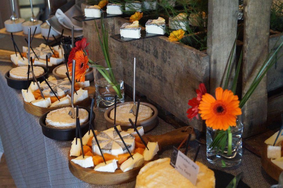 Buffet fromages fromagerie l'épicurium La Rochelle (53)