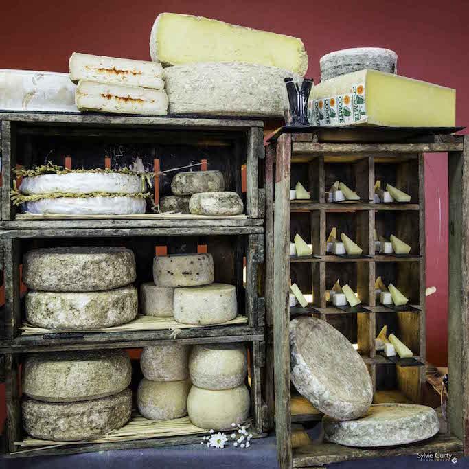 Buffet fromages fromagerie l'épicurium La Rochelle (16)