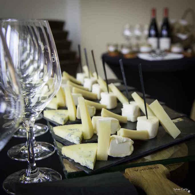 Buffet fromages fromagerie l'épicurium La Rochelle (17)