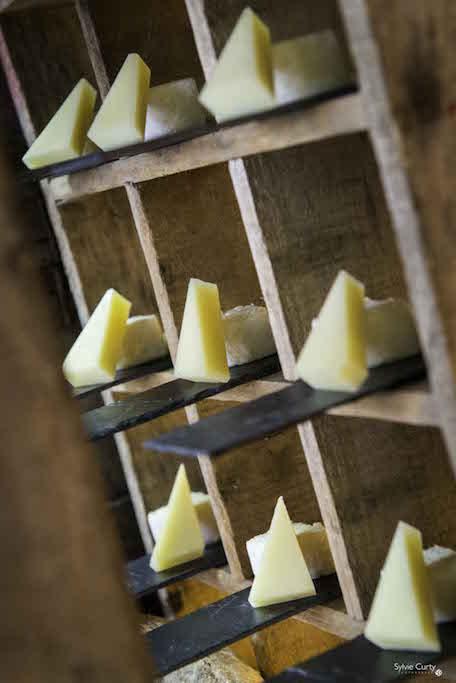 Buffet fromages fromagerie l'épicurium La Rochelle (27)