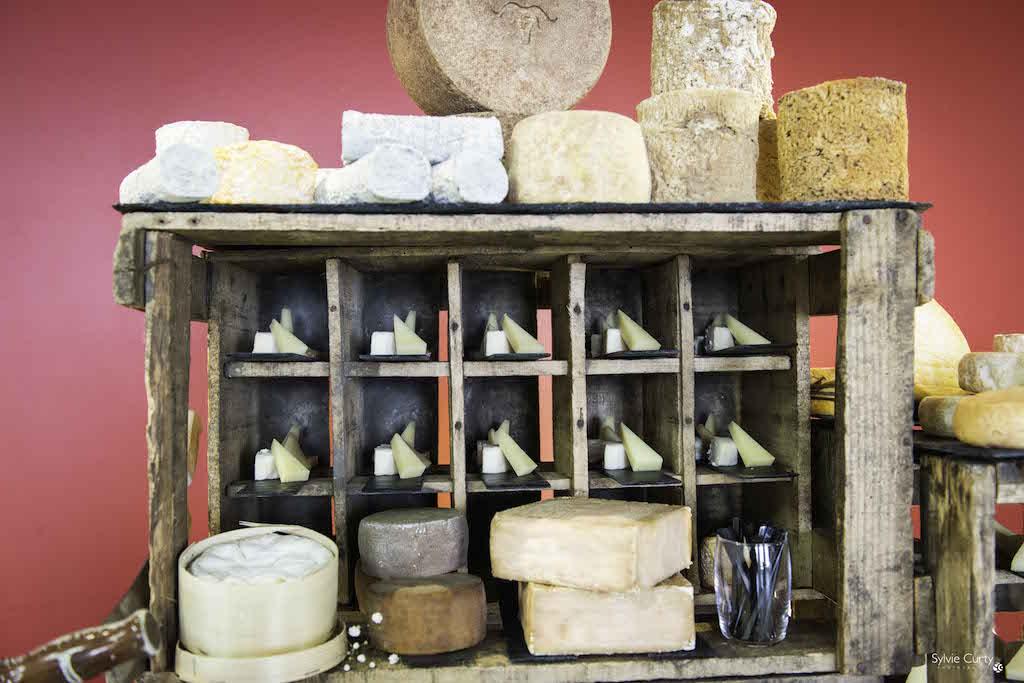 Buffet fromages fromagerie l'épicurium La Rochelle (29)